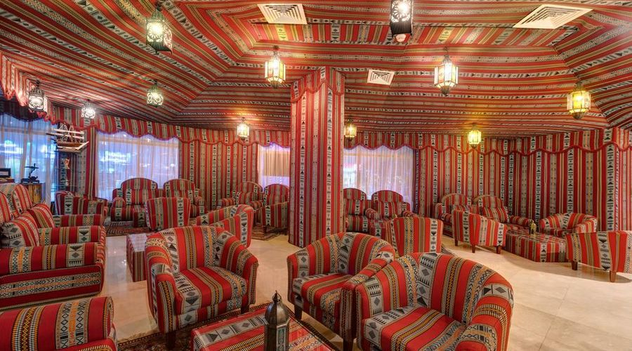 فندق كاسيلز البرشاء باي آي جي إتش-23 من 38 الصور