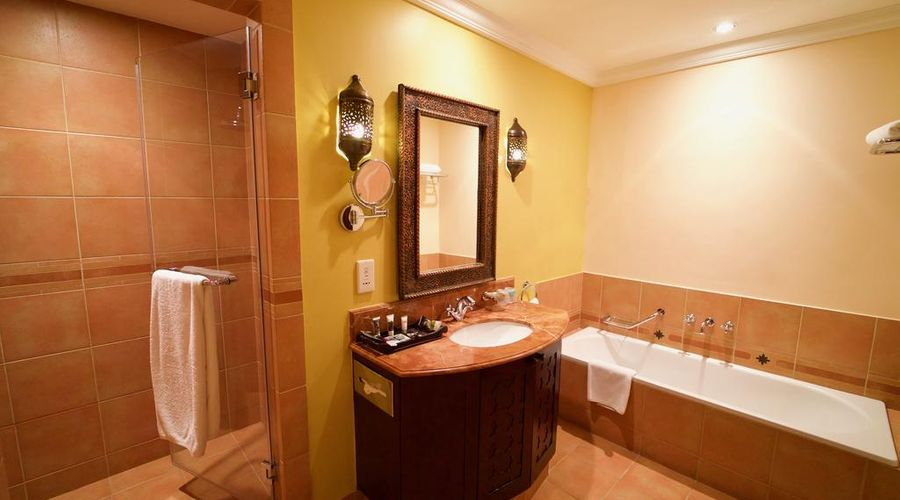 Mercure Grand Hotel Seef / All Suites-13 of 25 photos
