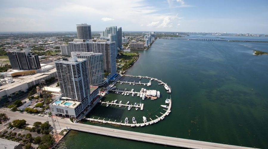 DoubleTree by Hilton Grand Hotel Biscayne Bay-10 of 25 photos