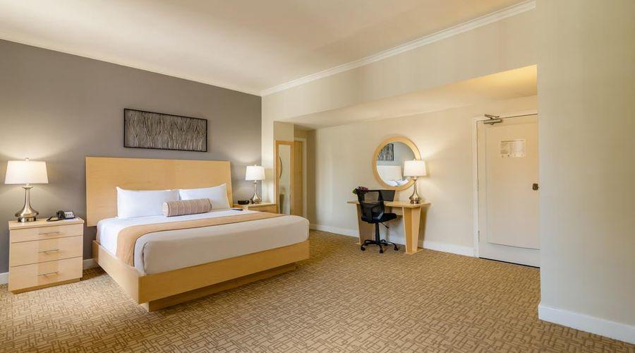 Hotel Pennsylvania-26 of 42 photos
