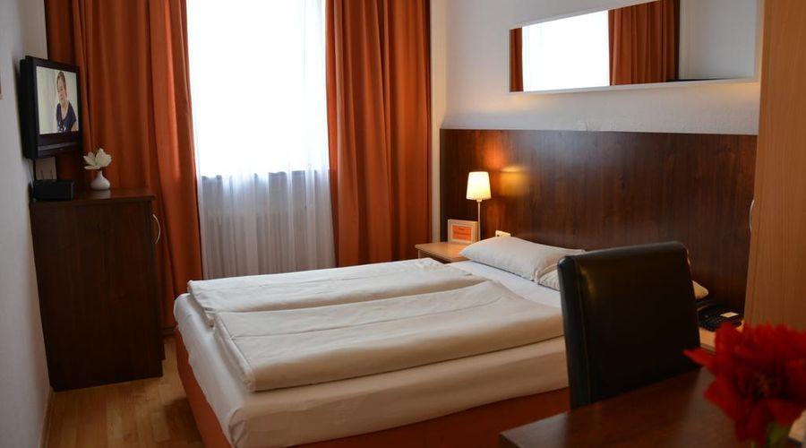 Hotel Italia-15 of 30 photos