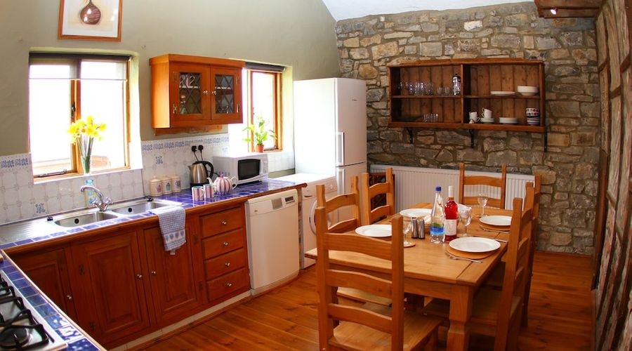 Middlewick Holiday Cottages-5 of 8 photos