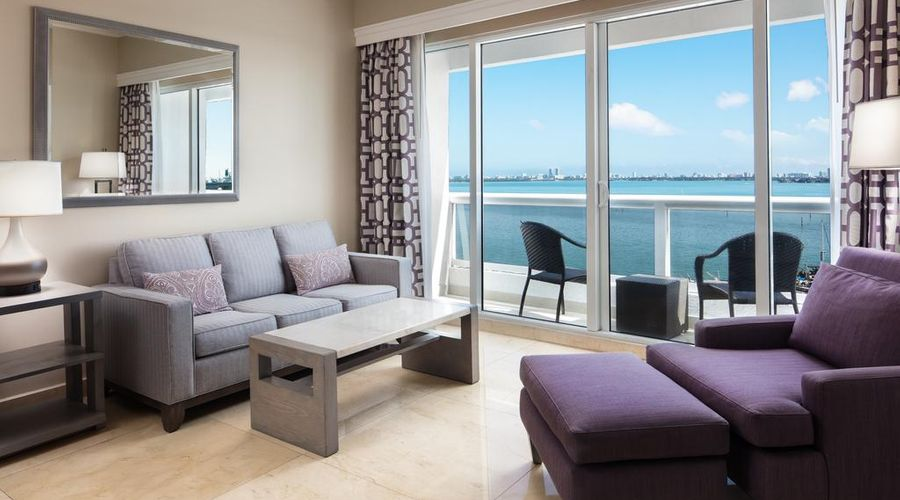 DoubleTree by Hilton Grand Hotel Biscayne Bay-15 of 25 photos