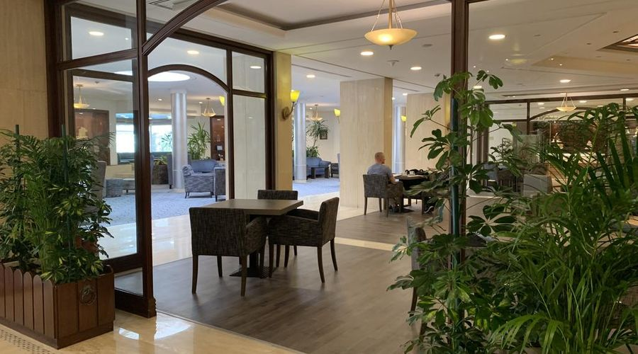 Carlton Al Moaibed Hotel-1 of 37 photos