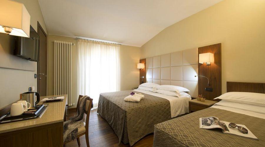 Hotel Fenice Milano-27 of 39 photos