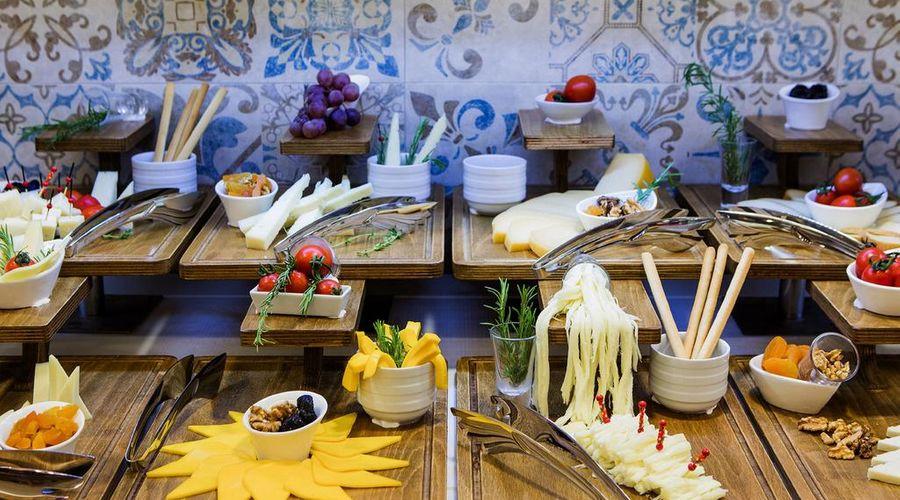 Holiday Inn Antalya - Lara-12 of 30 photos