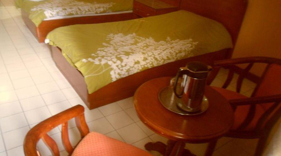 Hotel Soriente-9 من 20 الصور