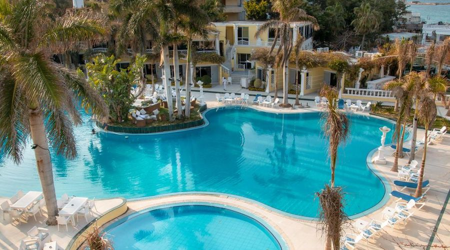 Paradise Inn Beach Resort-1 of 39 photos