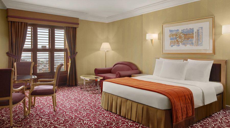 Makkah Hotel -6 of 15 photos