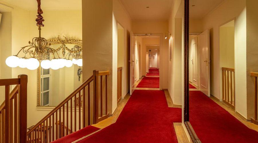 Hotel Olympic-4 من 16 الصور
