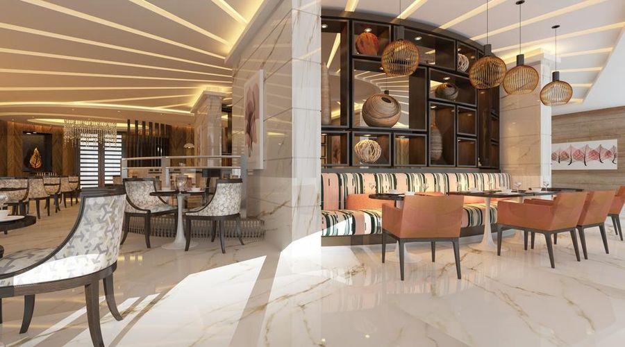 Radisson Blu Hotel, Dubai Waterfront-23 of 26 photos