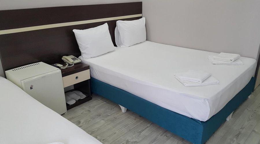 Hotel Luna-29 of 31 photos