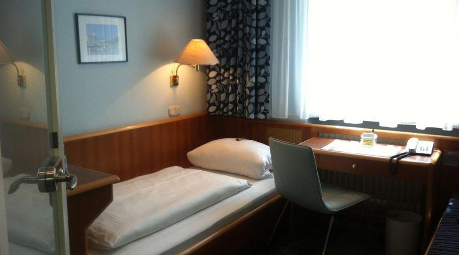فندق هاوزر أن دير أونيفيرستيت-10 من 20 الصور