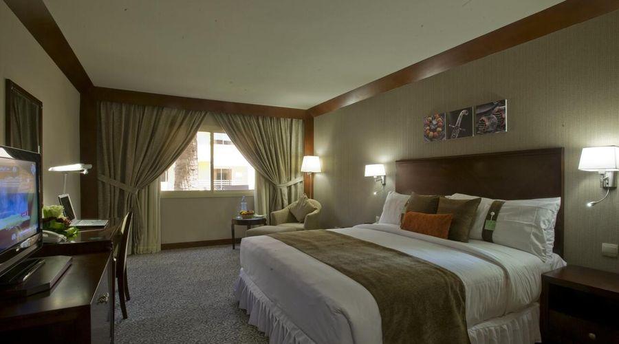 فندق هوليداي إن كورنيش الخبر-7 من 30 الصور