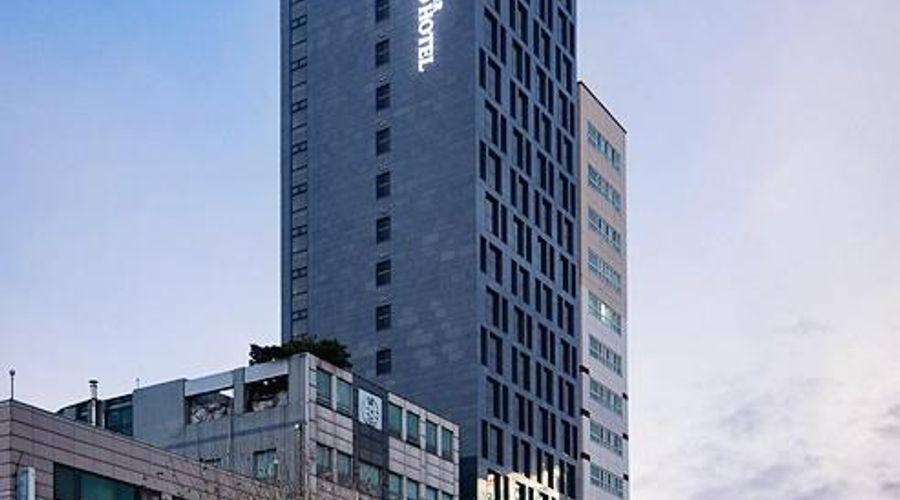 Benikea Premier Hotel Yeouido-1 of 27 photos