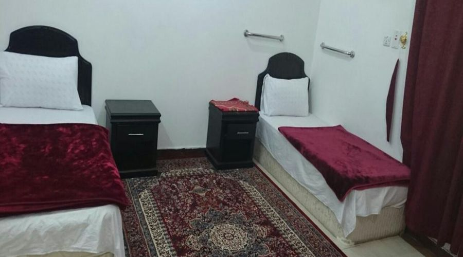 Al Eairy Furnished Apartments Tabuk 6-8 of 20 photos