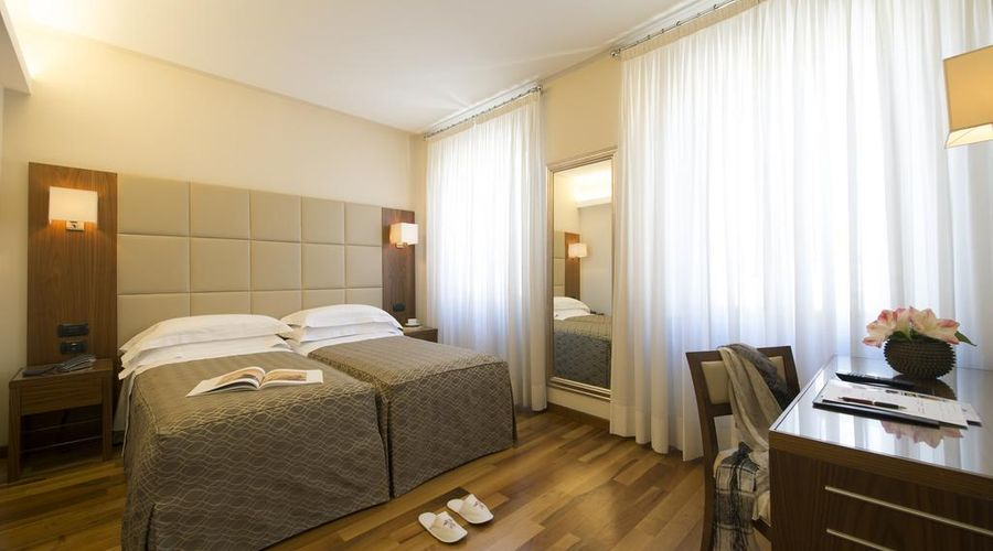 Hotel Fenice Milano-26 of 39 photos