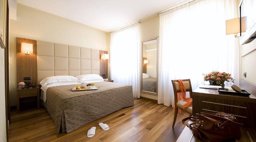 Hotel Fenice Milano-6 of 39 photos