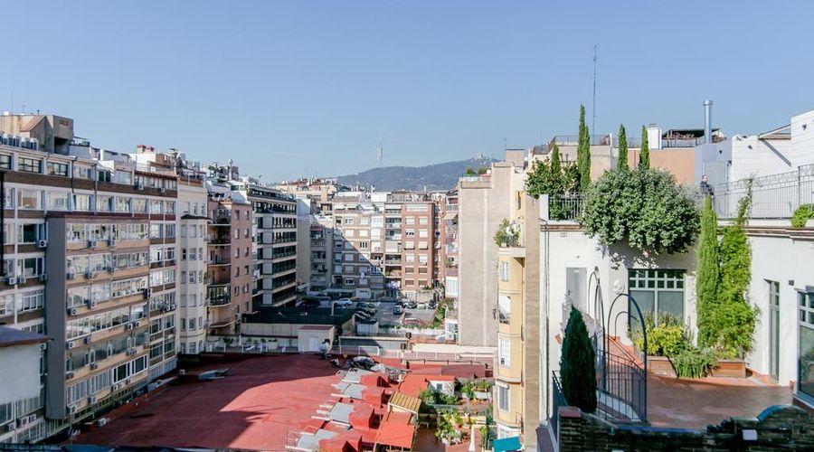 ديكو أبارتمنتس برشلونة ديسيمونونيكو-3 من 32 الصور