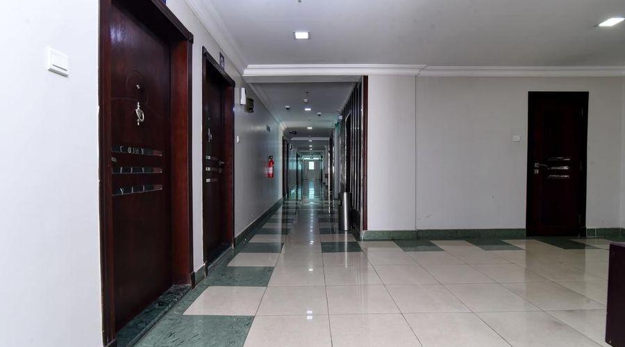 أو واي أو 411 فندق القمر-3 من 20 الصور