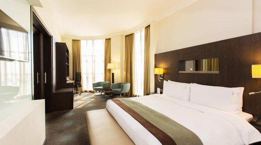 Holiday Inn Abu Dhabi-23 of 32 photos