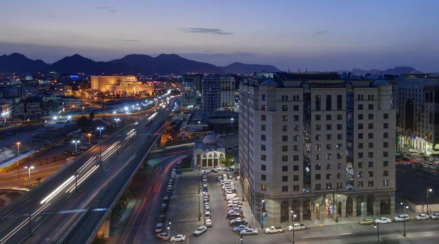 Crowne Plaza Madinah-3 of 42 photos