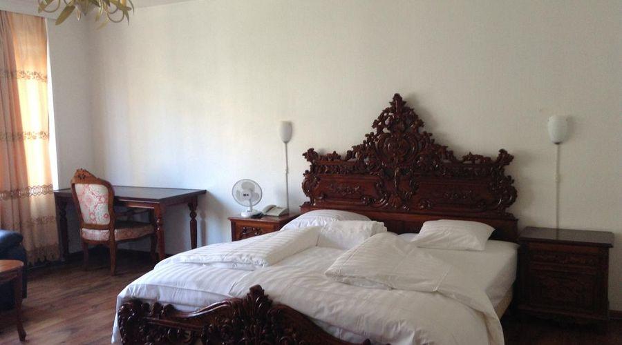 Hotel Balzac-9 of 20 photos