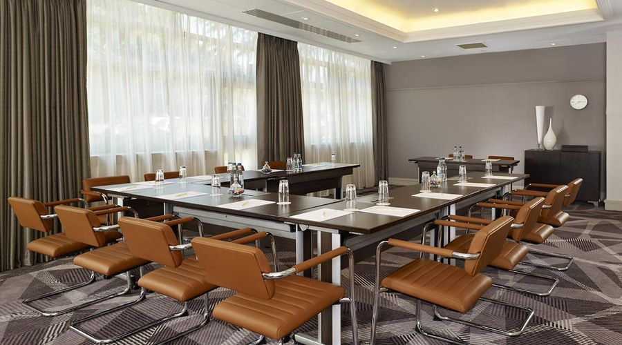 DoubleTree by Hilton London Ealing-25 of 30 photos