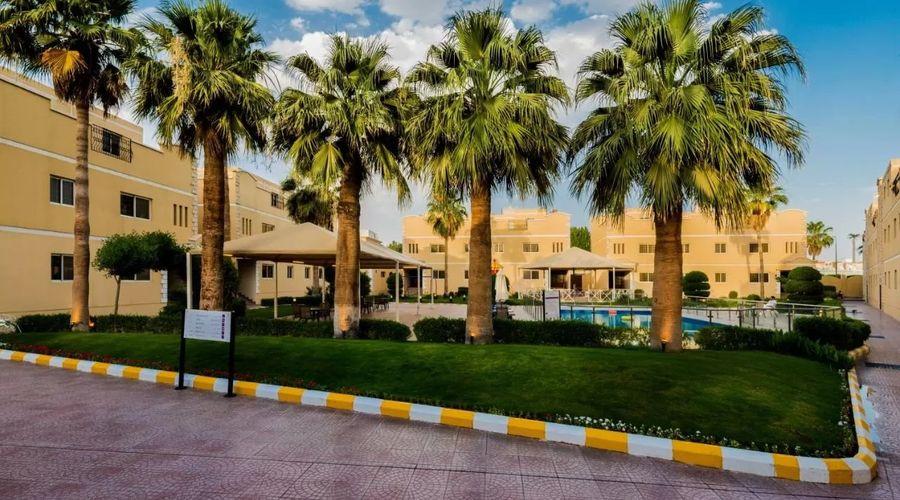 Boudl Al-Malaz-2 of 24 photos