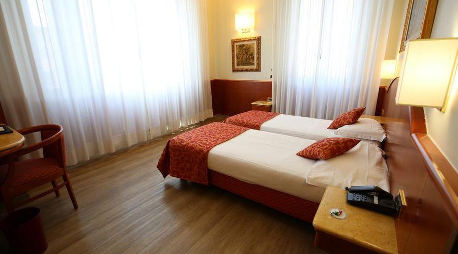 فنادق موكينبا مونتيبانكو-16 من 25 الصور