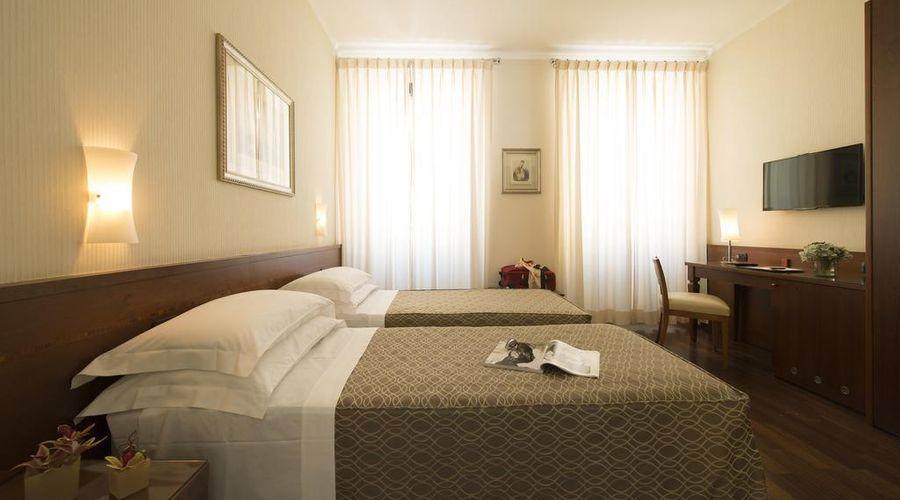Hotel Fenice Milano-17 of 39 photos