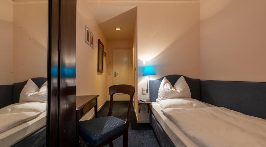 Hotel Olympic-2 من 16 الصور