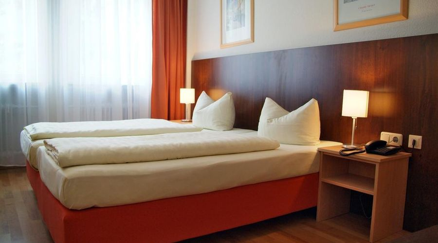 Hotel Italia-5 of 30 photos
