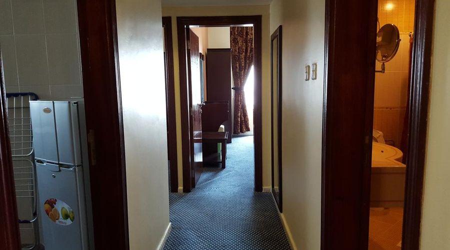 Al Bustan Tower Hotel Suites-3 of 22 photos