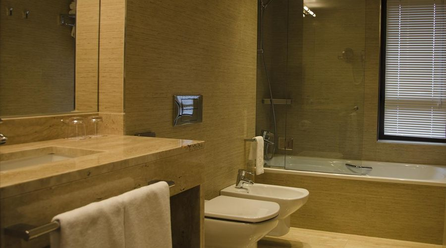Hotel Claridge Madrid-10 of 27 photos