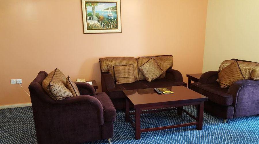 Al Bustan Tower Hotel Suites-10 of 22 photos