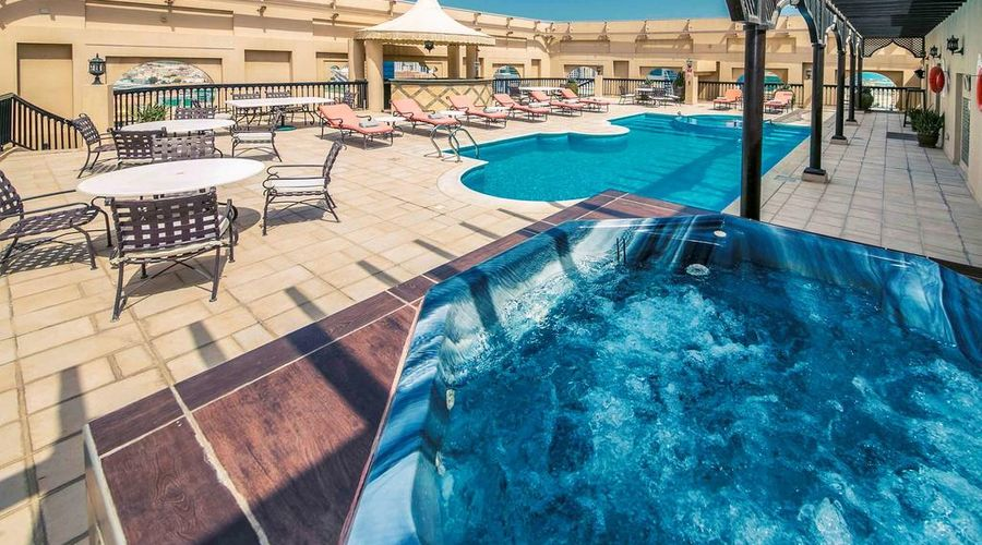 Mercure Grand Hotel Seef / All Suites-6 of 25 photos