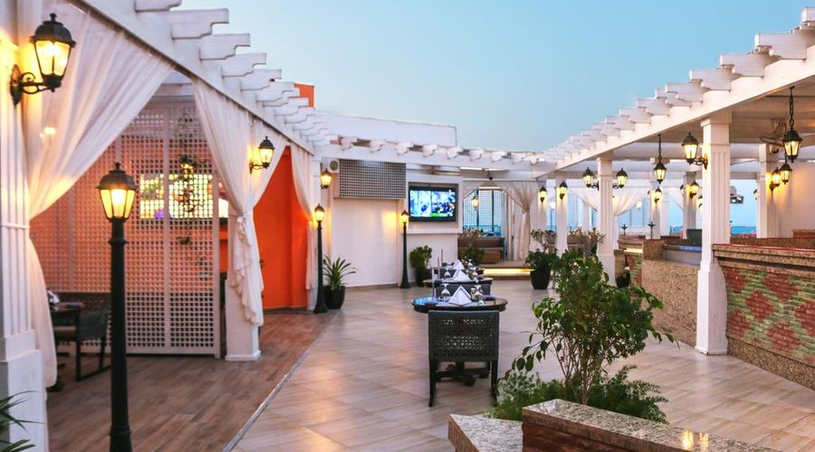 Ramada Hotel and Suites Amwaj Islands-23 of 25 photos