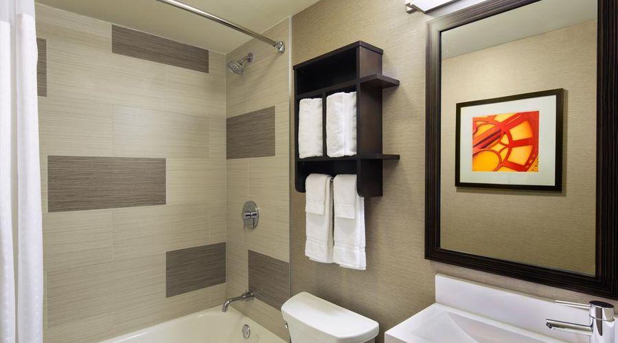 Holiday Inn Manhattan-Financial District-7 of 30 photos