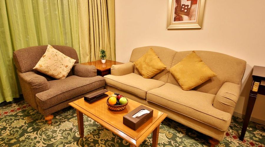 Midtown Furnished Apartments-25 of 35 photos