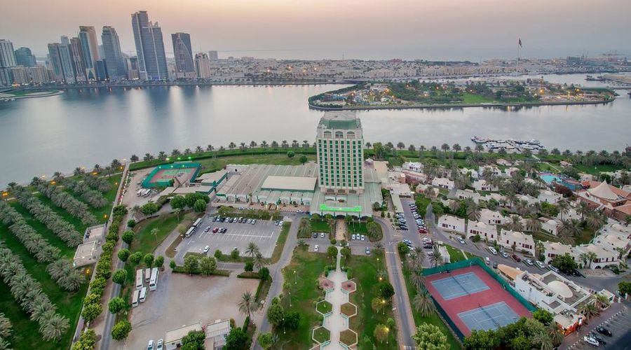 Holiday International Sharjah-1 of 41 photos