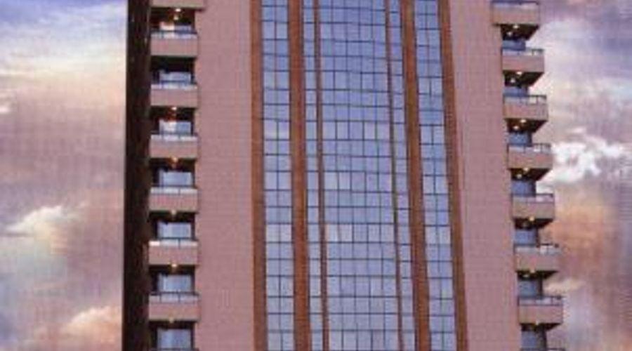 أجنحة رويال كراون-1 من 27 الصور