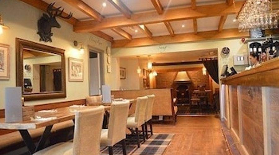 The Royal Oak - Inn-9 of 21 photos