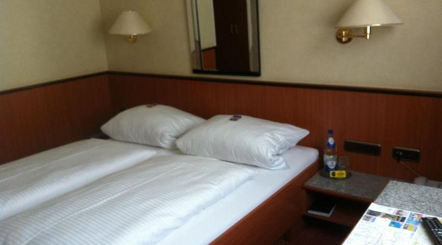 فندق هاوزر أن دير أونيفيرستيت-12 من 20 الصور