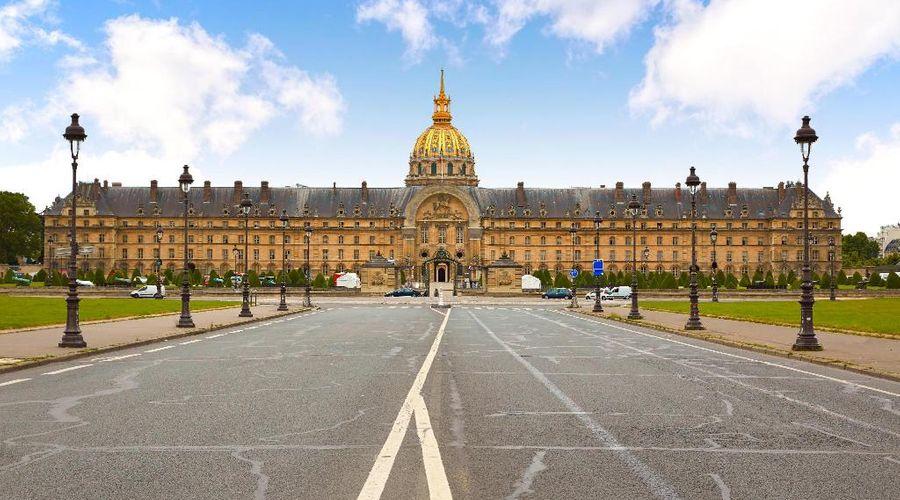 كاستي باريس - ستارهوتلز كوليتسيونيه-20 من 24 الصور