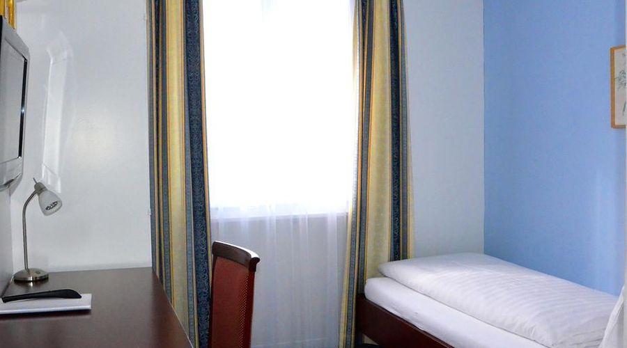 Hotel Weisses Kreuz-22 of 44 photos