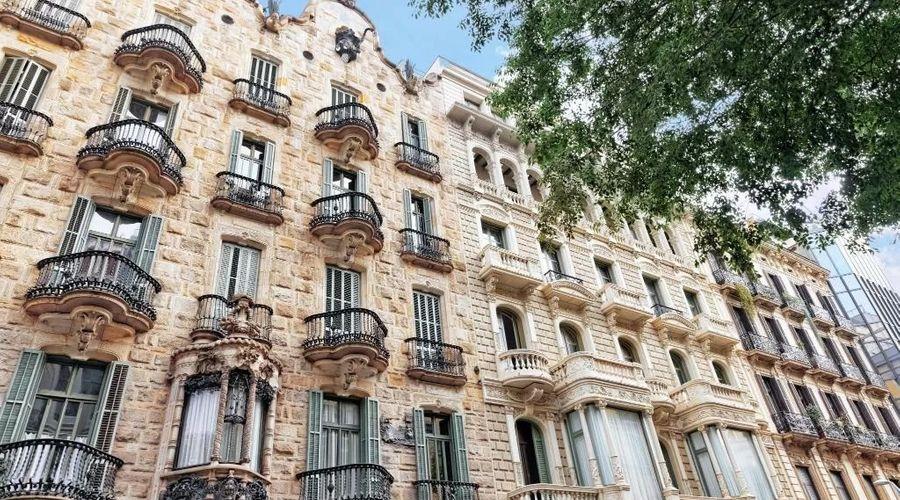بيت شباب ميديتيرانيان برشلونة-21 من 25 الصور
