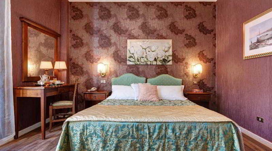 Hotel Residenza In Farnese-15 من 50 الصور