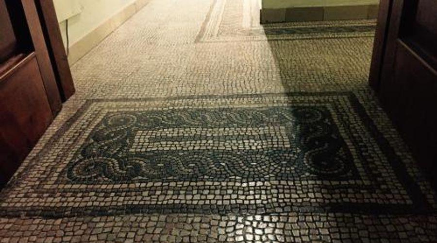 Roma Tempus-10 من 12 الصور