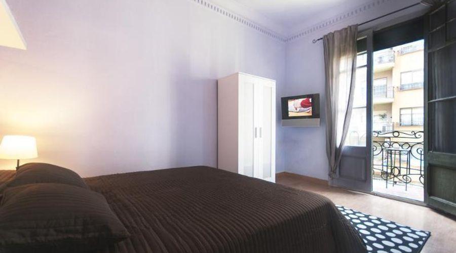 Barcelona 10 Apartments-5 من 17 الصور